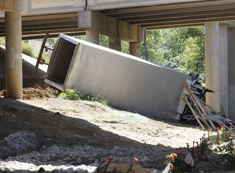 Semi Truck Accident on Northeast Loop 820 in Haltom TX Injures