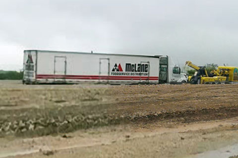 Semi Truck Accident Snarls Traffic on I-35 in Salado, Texas - Truck